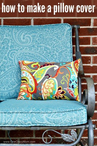 This easy Envelope Pillow Cover one piece is so easy to make! With step my step instructions you can make these easy DIY pillow covers in 30 minutes! Learn how to make a pillow cover. How to make an envelope pillow cover is easy.
