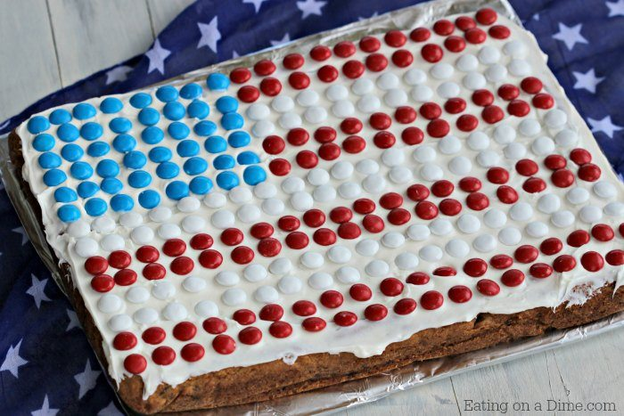 Try one of these delicious 4th of July Dessert Recipes this year. These are easy 4th of July dessert recipes that the entire family will love. Try these simple 4th of July desserts. Easy 4th of July dessert recipes red white and blue are sure to be a hit! Easy fourth of July desserts. 4th of July desserts easy recipes.