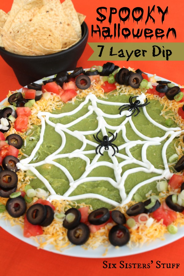 Check out these fun Halloween snacks. 15 Halloween appetizers that will be a hit for Halloween. Make these Halloween snack ideas for parties.
