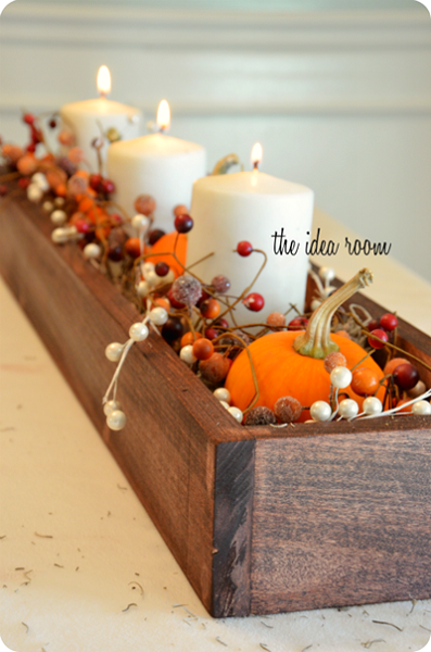 Find the best DIY Fall Centerpiece Ideas here. Easy Fall decorations and Fall centerpieces to make your home festive and ready for Fall!