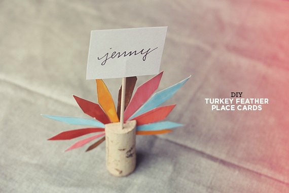 Thanksgiving table decor ideas 20 easy thanksgiving for Diy thanksgiving table place cards