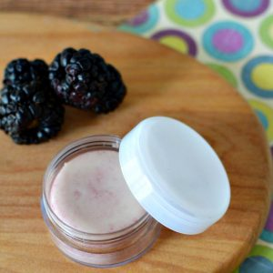 How to Make Tinted Lip Balm