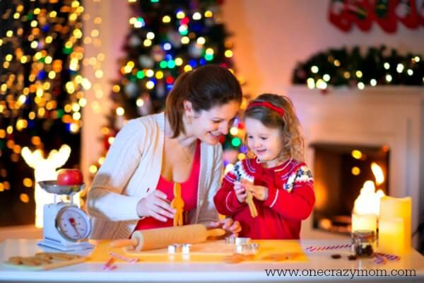 Tips to focus on the true meaning of Christmas. 7 ideas to make the real meaning of Christmas a priority for your kids and entire family.
