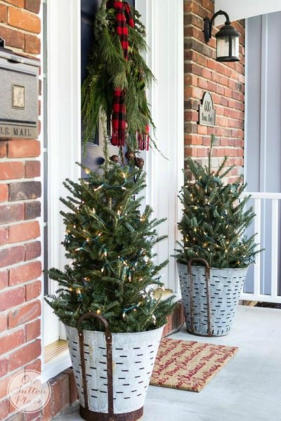 get your home ready for christmas with these 25 christmas porch decorating ideas beautiful ideas