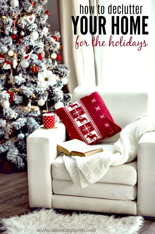 Declutter your home before the holidays. 5 decluttering tips for a peaceful holiday season. Get started and learn how to declutter your home!