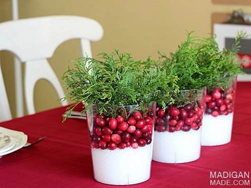 create stunning table top decorations for christmas 15 diy christmas table decorationssimple holiday - Simple Diy Christmas Table Decorations