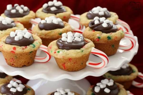 Easy Christmas Desserts 25 Easy Christmas Treats