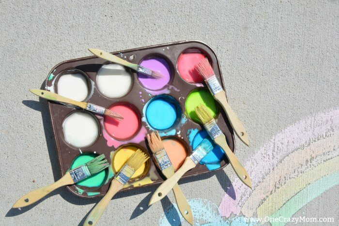 Make this fun and easy sidewalk chalk paint today. The kids will love using sidewalk paint to create fun artwork. Once you learn how to make sidewalk chalk paint, it's so easy! It's also fun to make sidewalk chalk spray paint. Give this washable sidewalk paint a try!