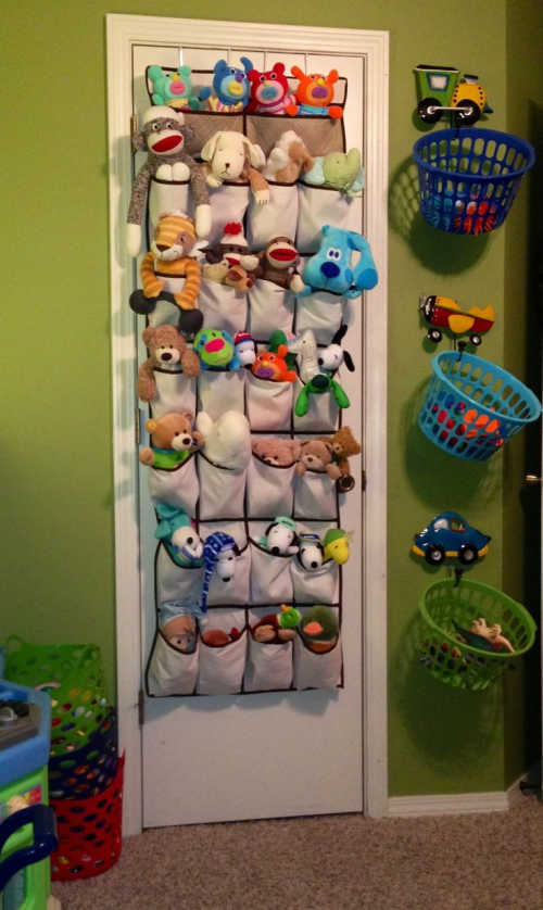 It is so easy to get overwhelmed with stuffed animals taking over your house. Learn these brilliant Stuffed Animal Storage Ideas to regain order.