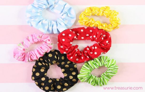 We have over 15 DIY Scrunchies that are fun and easy to make. Find styles for everyone that are sure to be a hit. These are the best diy scrunchies.